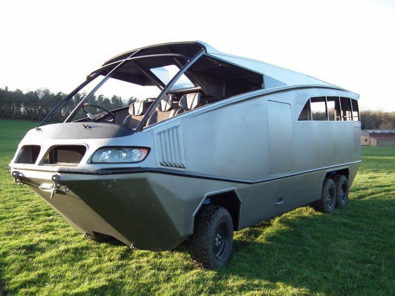 Arctrek Camping-car tout-terrain amphibie 6×6 – 2017