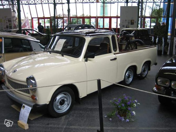 Annonce 2012-003 Trabant 6 roues