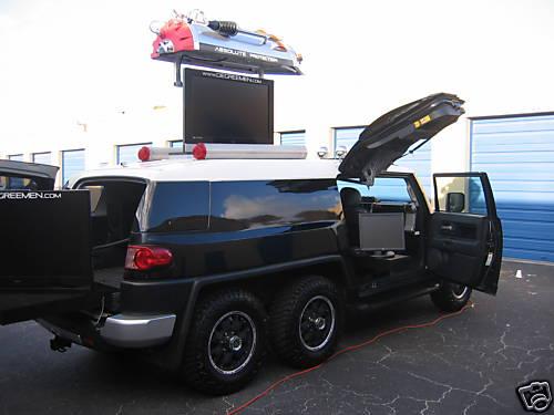 Toyota FJ Cruiser 6×6