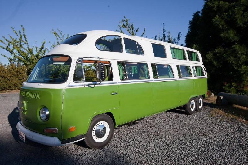 Volkswagen Combi Limousine à 6 roues
